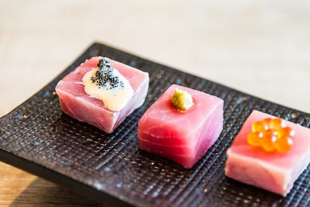 식사 음식 생선 핑크 그린