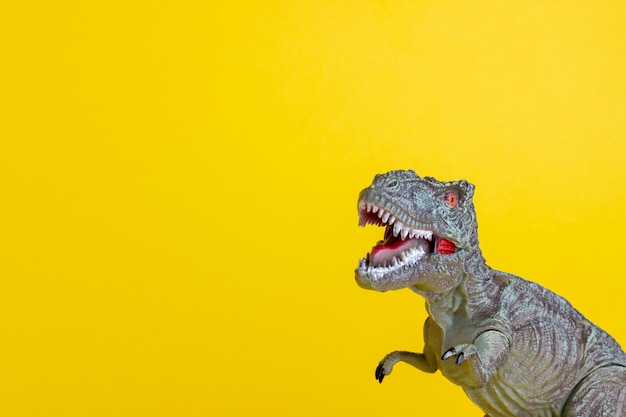 Dinosaur on a yellow