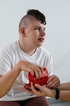 ブロックリハビリテーション学習から構築された障害のある10代の子供