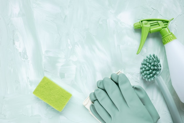 Dishwashing brush, gloves, sponge and spray bottle