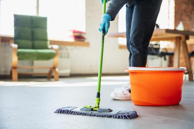 Dịch vụ vệ sinh sau xây dựng giá tốt mà chất lượng nhất hiện nay