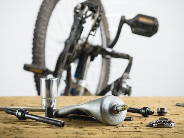 Dismantled mountain bike and spare parts for it.