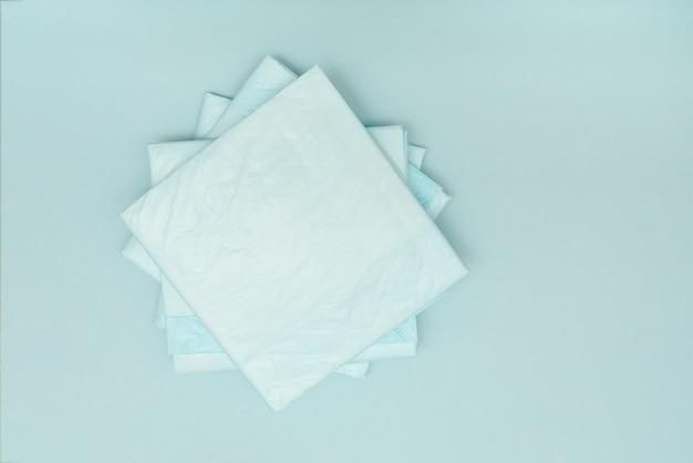Одноразовые подгузники медицинские синие