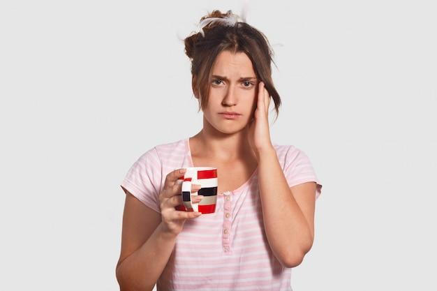 Dissatisfied woman has sleepless night