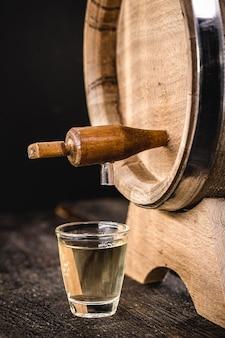 Бразильский дистиллированный напиток кашака из сахарного тростника.