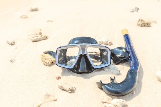 Dive mask and snorkel, snorkelling