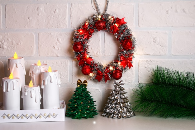 Diy christmas wreath. guide on the photo how to make a christmas wreath with your own hands