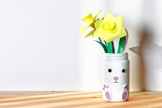 Diy easter vase bunny with narcissus, daffodils