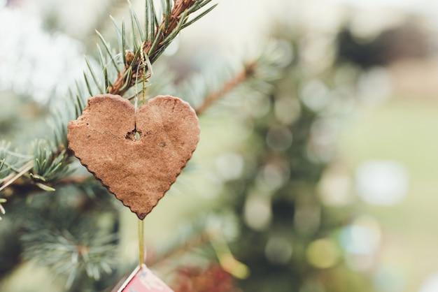 Украшение из печенья на елку своими руками