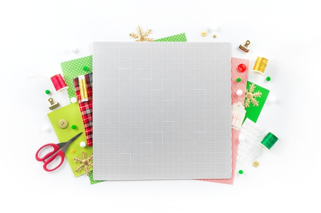 Diy 지시. 펠트로 크리스마스 화환 만들기. 공예 도구 및 용품.