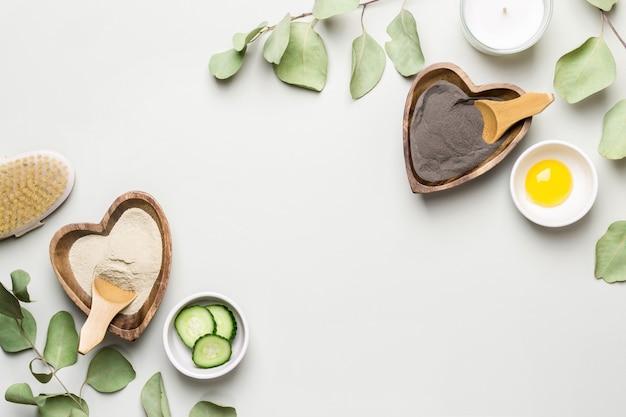 Diy 유기농 화장품 및 스파 개념입니다. 복사 공간이 있는 홈메이드 미용 화장품을 위한 천연 재료.