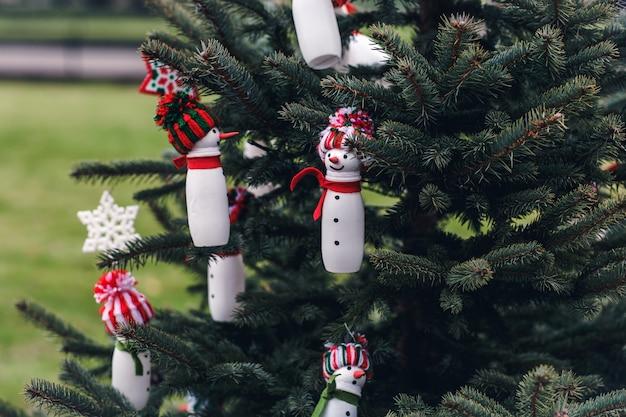 クリスマスツリーのdiy手作り装飾