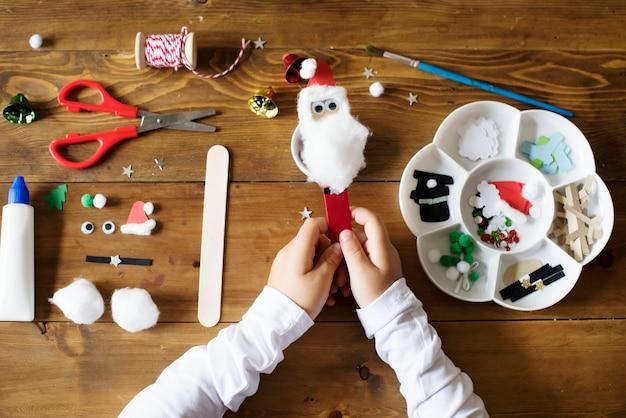 クリスマスdiyプロジェクトのための固定のセット