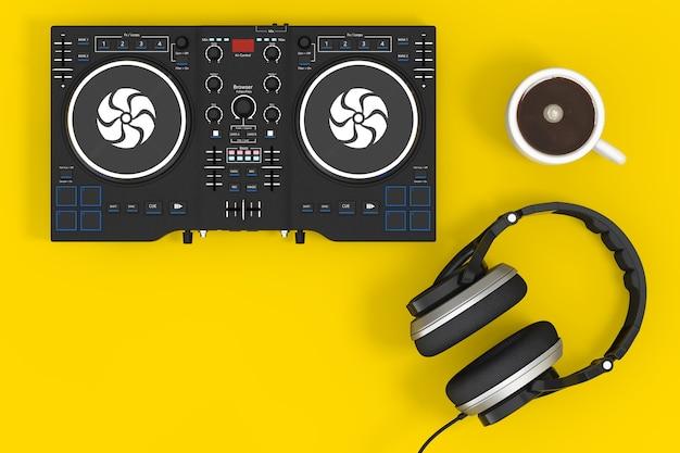 黄色の背景にヘッドフォンとコーヒーカップとdjミキシングターンテーブル。 3dレンダリング