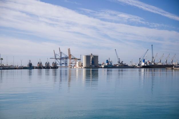 Docks Premium Photo