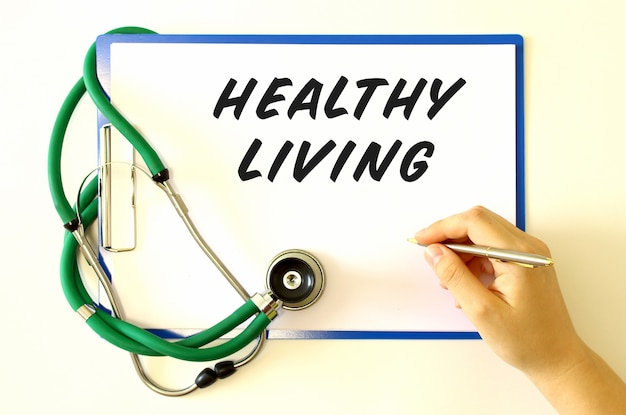 Doctor makes the inscription healthy living