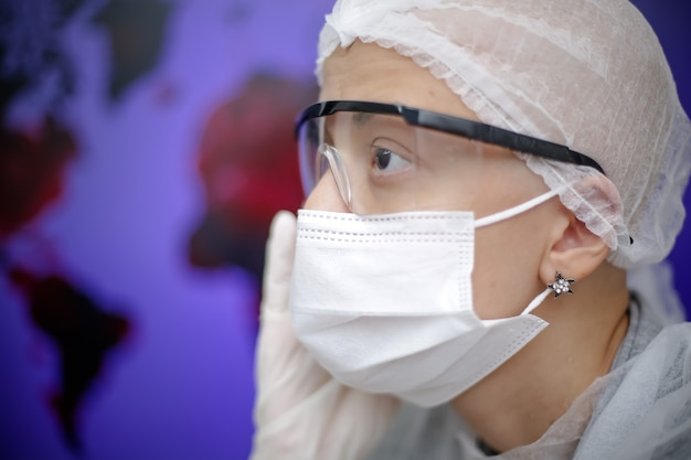Doctor with mask protecting herself from the covid19 delta virus