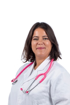 흰색 바탕에 분홍색 청진기를 가진 의사 여자.