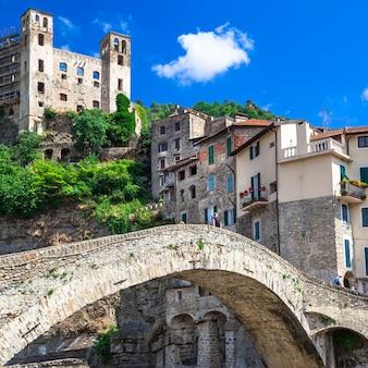 Дольчеаква, средневековая деревня в лигурии, италия