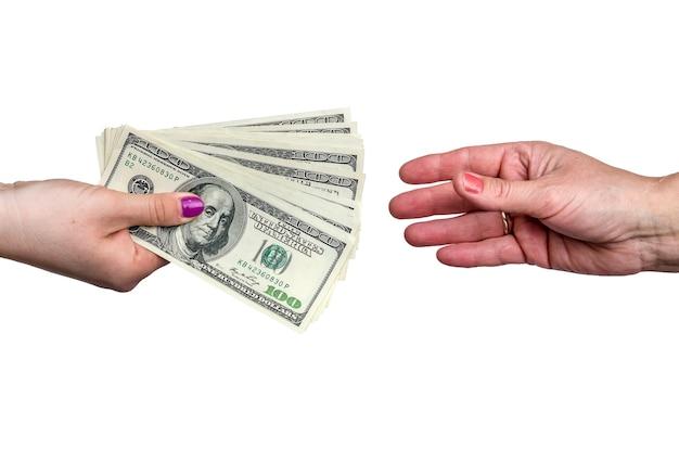 女性の手でドル紙幣、クローズアップ