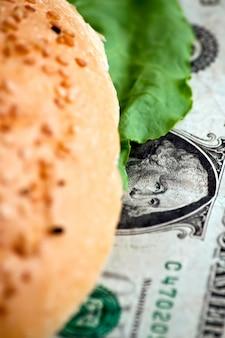 Долларовый бургер