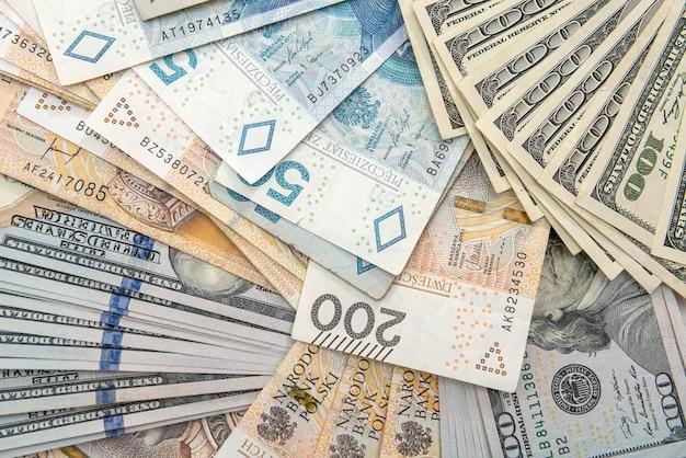 비즈니스 금융으로 달러와 폴란드 즐 로티 pln