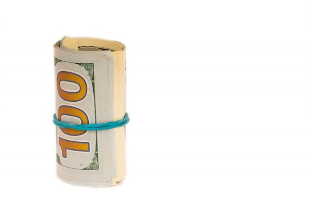 Ролл долларов, изолированные на белом фоне