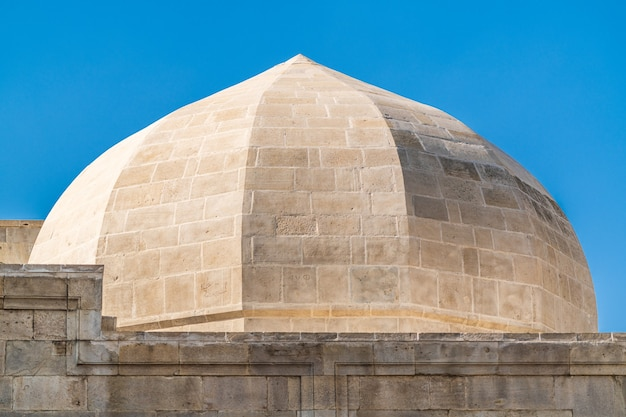 아제르바이잔 바쿠 시, shirvanhahs 궁전의 돔