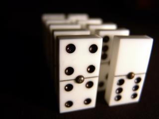Dominos, dors
