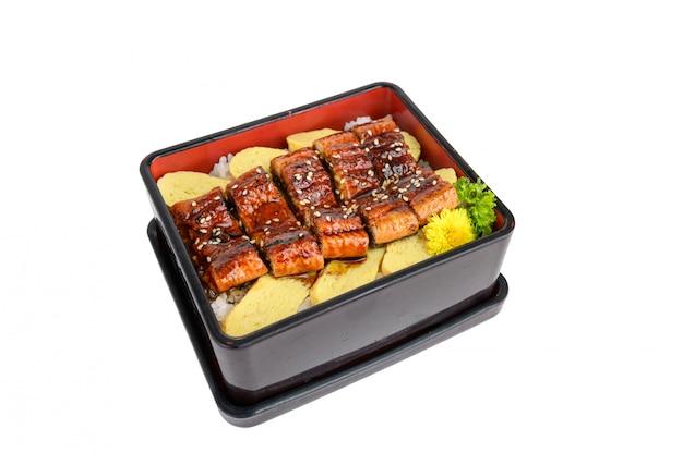 うなぎdonまたは日本のエルのka焼きソースと玉子焼き