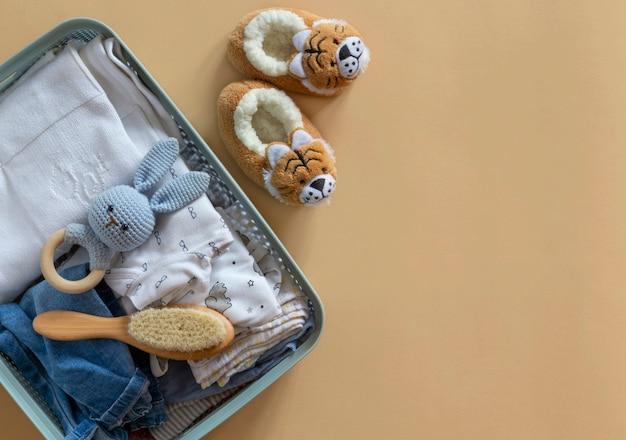 베이비 유니섹스 중성 의류, 장난감 및 기부 액세서리가있는 기부 상자