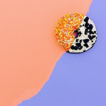 도넛 믹스 먹다 미니멀 디자인 크리에이티브 아트