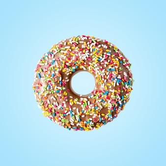 달콤한 색상 장식으로 도넛