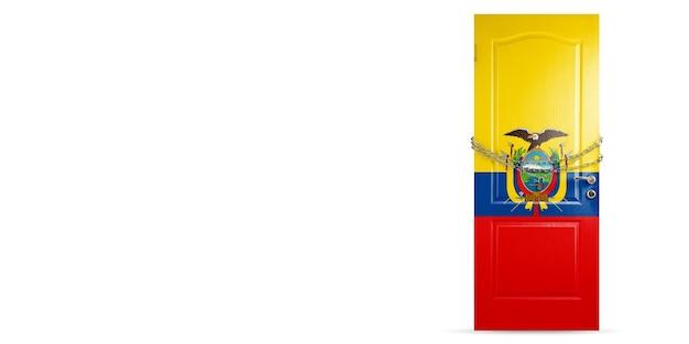 エクアドルの国旗で着色されたドア、チェーンでロック。コロナウイルス、covid拡散中の国の封鎖。医学とヘルスケアの概念。世界的な流行、検疫。コピースペース。