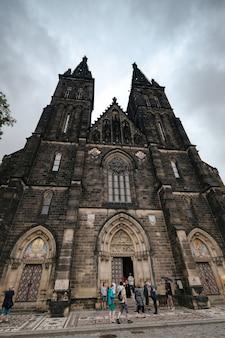 Vysehrad 성, 프라하, 체코 공화국에서 성 베드로와 바울 교회의 문