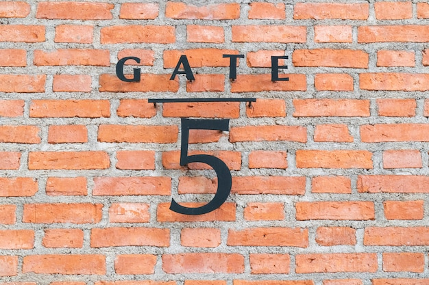 The door sign number 5.