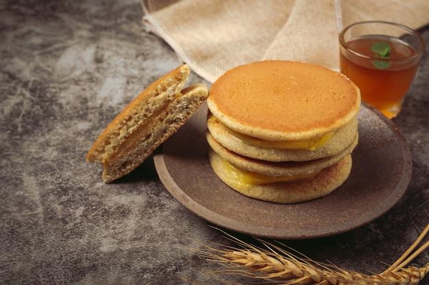 Dorayaki pancakes stuffed with vanilla japanese food.