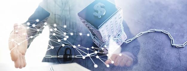 借入資金への財政的依存の二重露光の概念。住宅ローンの借金。家はドル記号の付いた巻尺で引っ張られます。