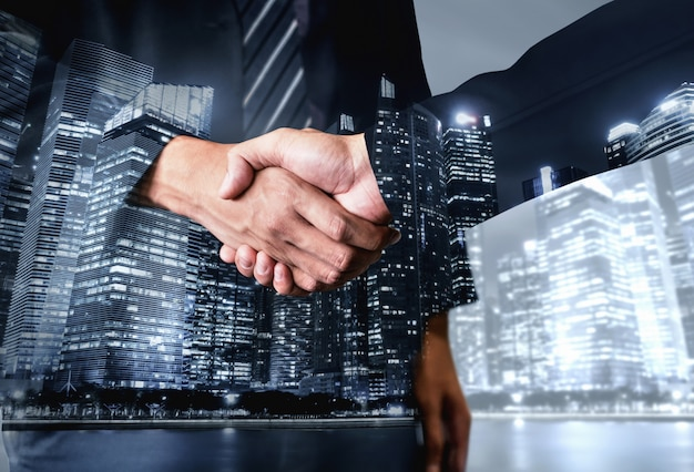 비즈니스 및 금융의 이중 노출 이미지