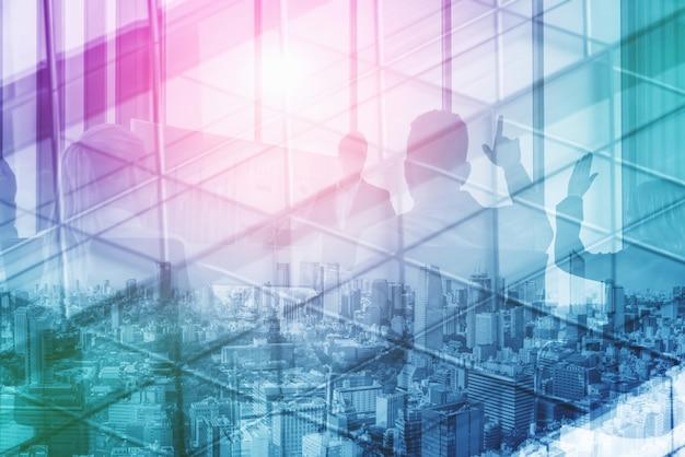 Изображение двойной экспозиции выцветшего делового абстрактного фона