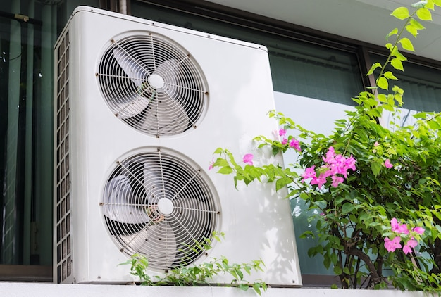 Double fan system of the air compressor unit.