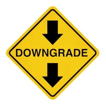 Дорожный знак предупреждения о понижении на белом фоне. 3d рендеринг