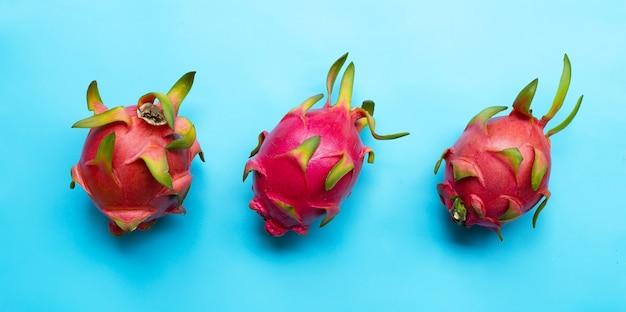 ドラゴンフルーツまたはピタヤ。おいしいトロピカルエキゾチックフルーツ。上面図