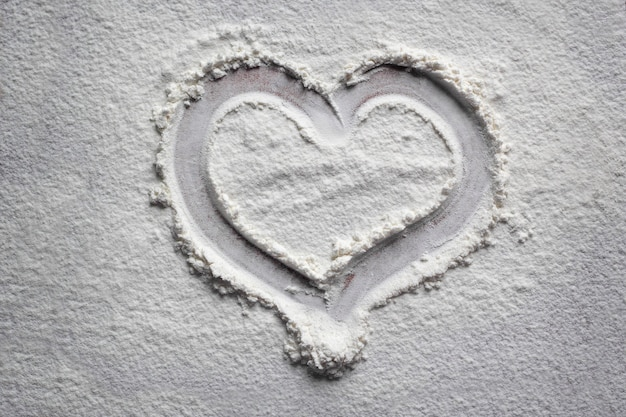 Drawing hearts in flour