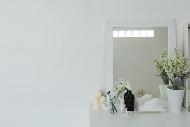 Dressing table with empty space