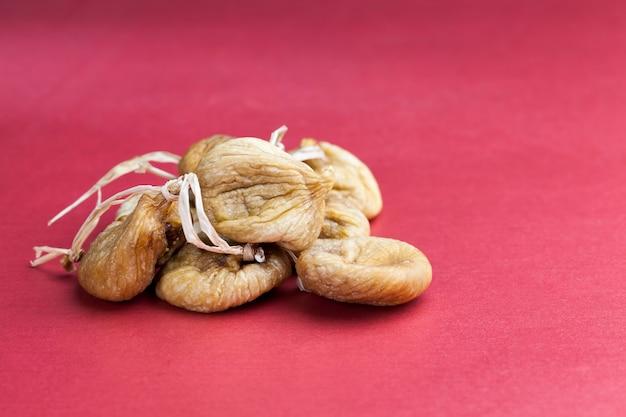 Сушеные сухофрукты сладкого спелого инжира
