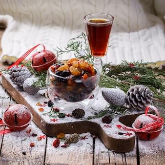ドライフルーツと砂糖漬けのクリスマスプレゼント、
