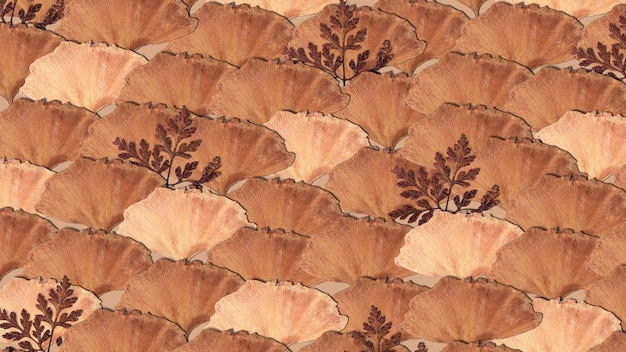 베이지 색 무늬의 말린 잎