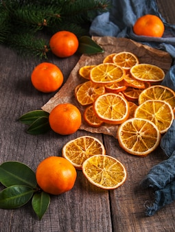 Dried oranges and fresh tangerines