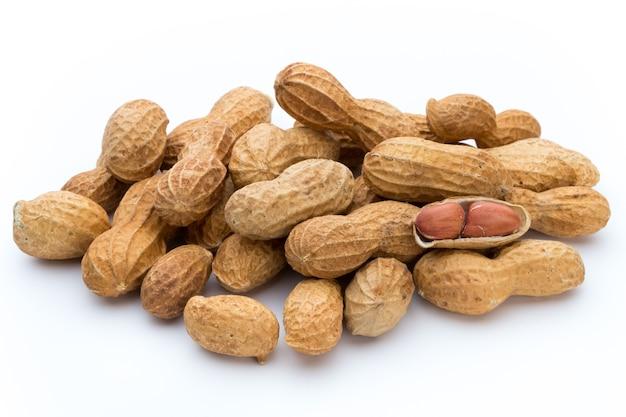 Сушеный арахис.